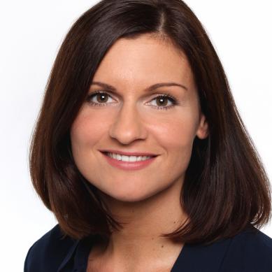 Tina Eyth ist Senior Sales Manager bei der intelliAd Media GmbH